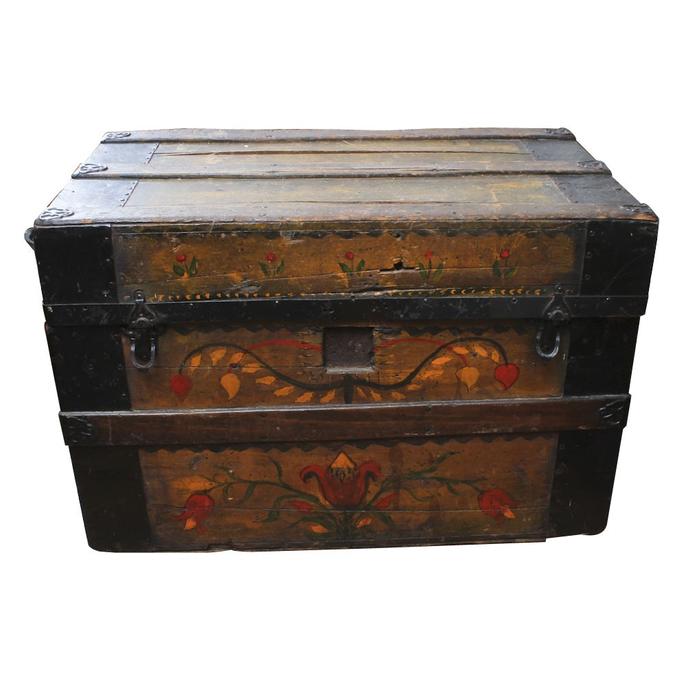 Antique Steamer Trunk With Hand-Painted Decoration