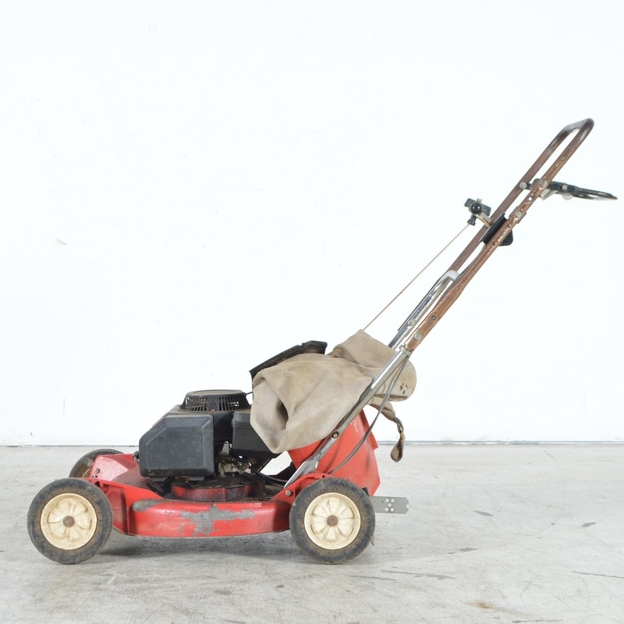 Toro Lawnmower With Bag Attachment