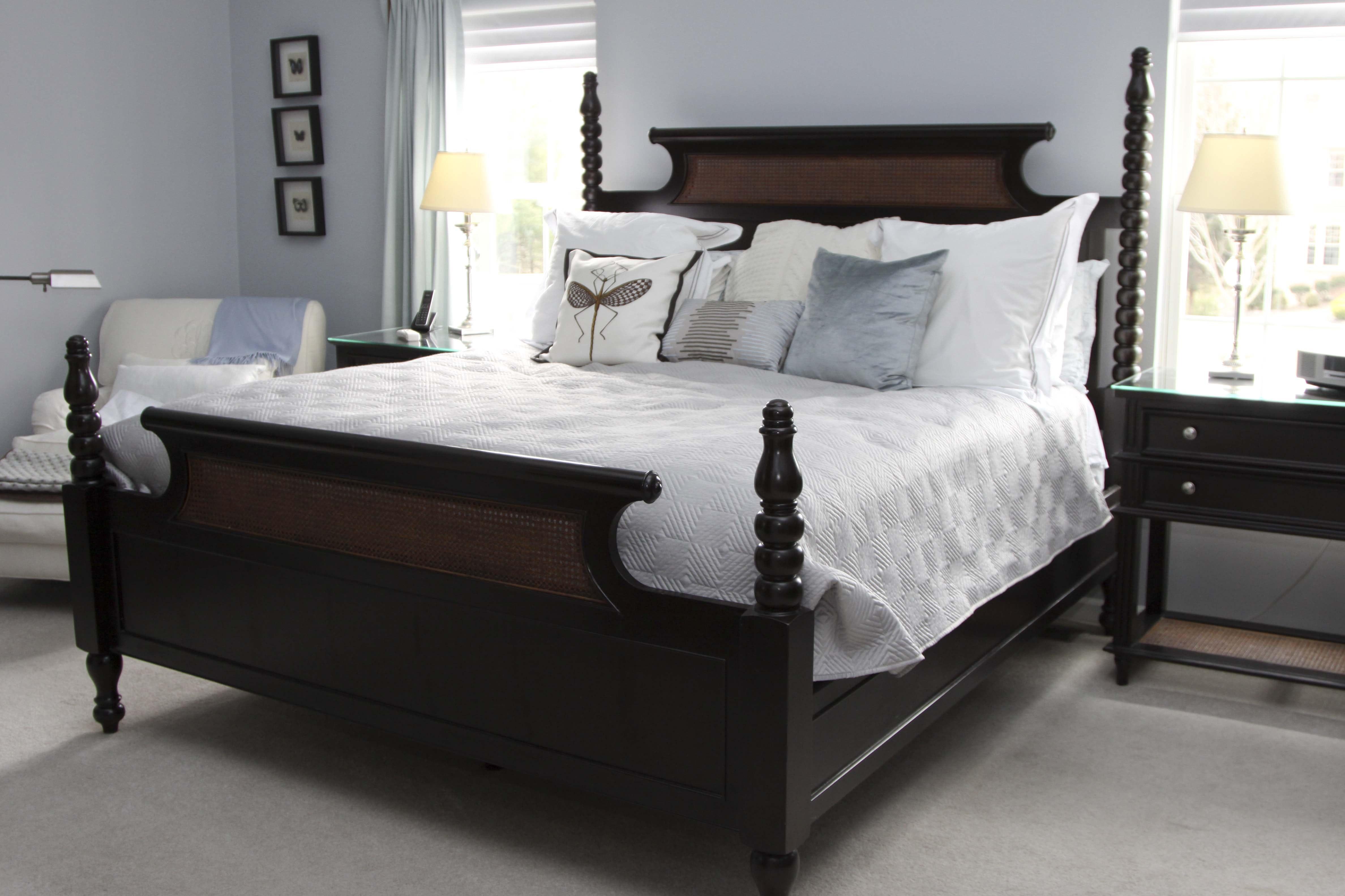 "Drexel Heritage"" Dakota"" King Bed and Step Stool"