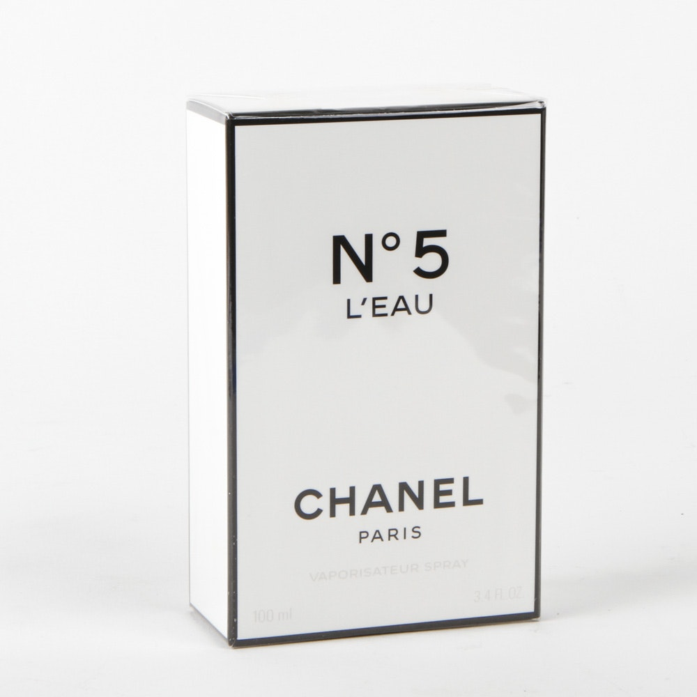 Chanel No. 5 L'Eau Perfume for Women
