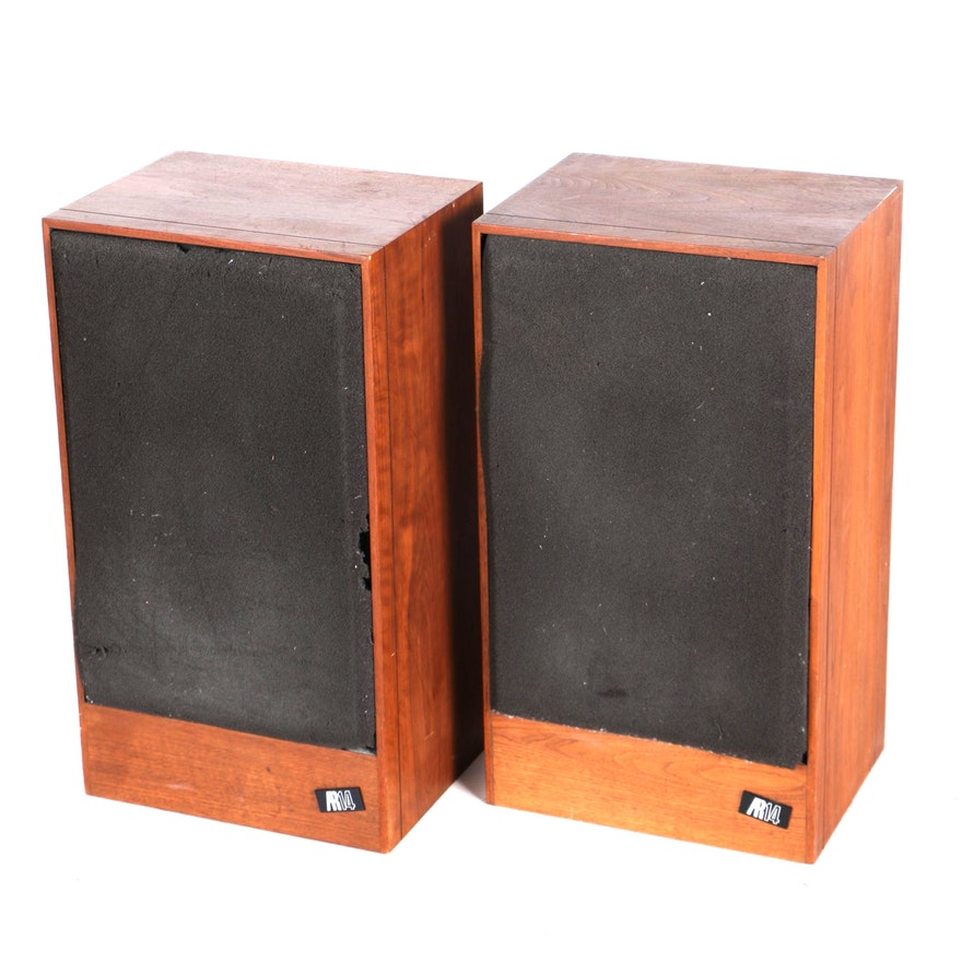 Acoustic Research AR 14 Speakers