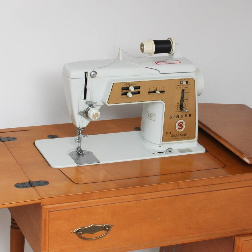 vintage singer touch sew sewing machine table ebth. Black Bedroom Furniture Sets. Home Design Ideas