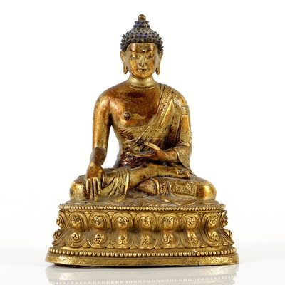 Finely Cast Sino-Tibetan Gautama Buddha Gilt Bronze