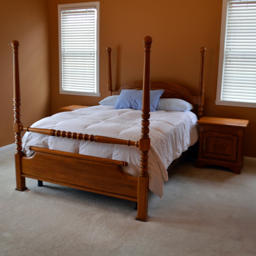 Contemporary Keller Furniture Queen Bed Frame And Nightstands In Oak Ebth
