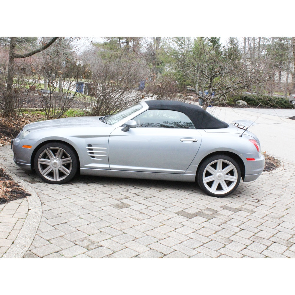2005 Chrysler Crossfire Limited 2-Door Roadster