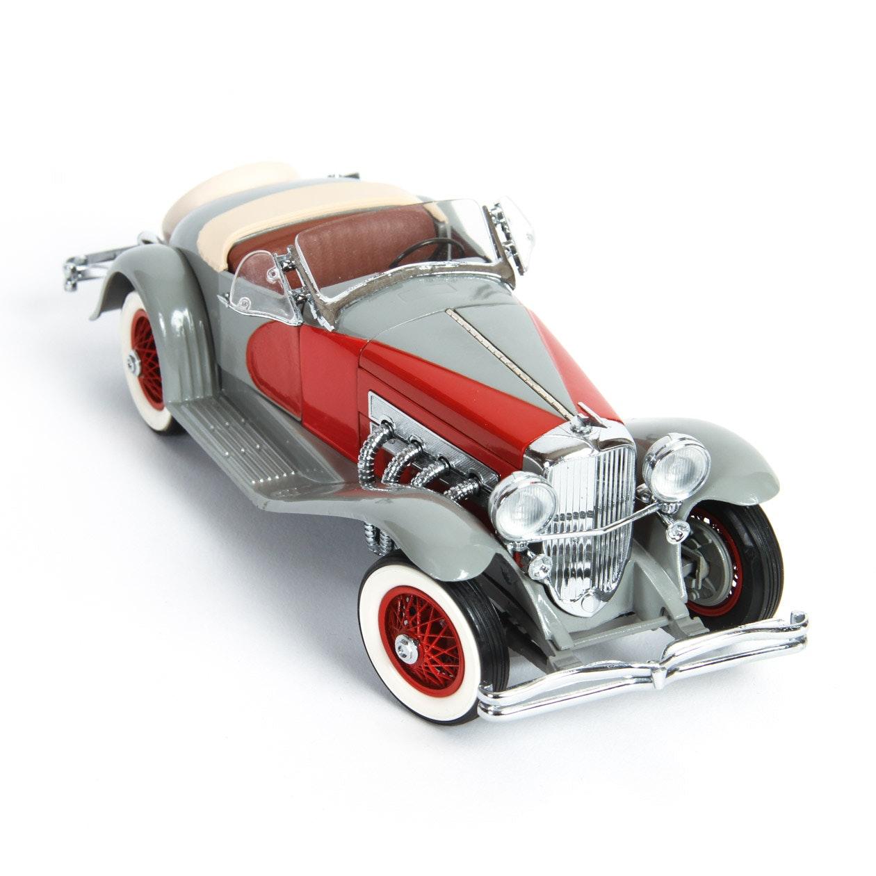 Danbury Mint 1935 Dussenberg SSJ Die-Cast Model Car