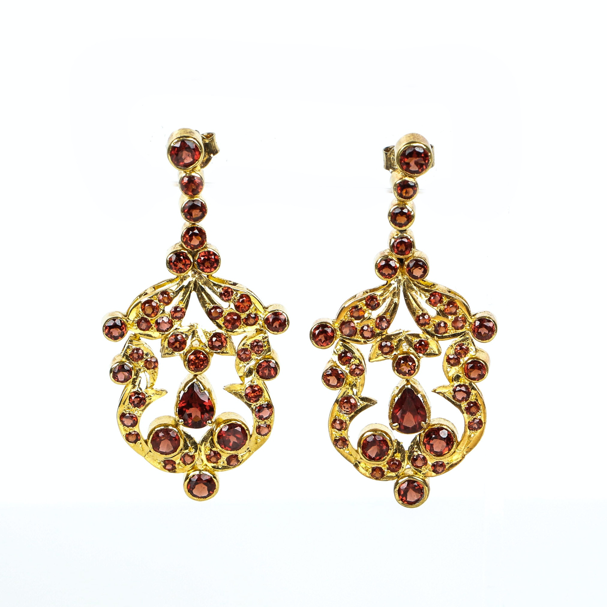 Vintage Garnet Chandelier Earrings Mounted in Vermeil