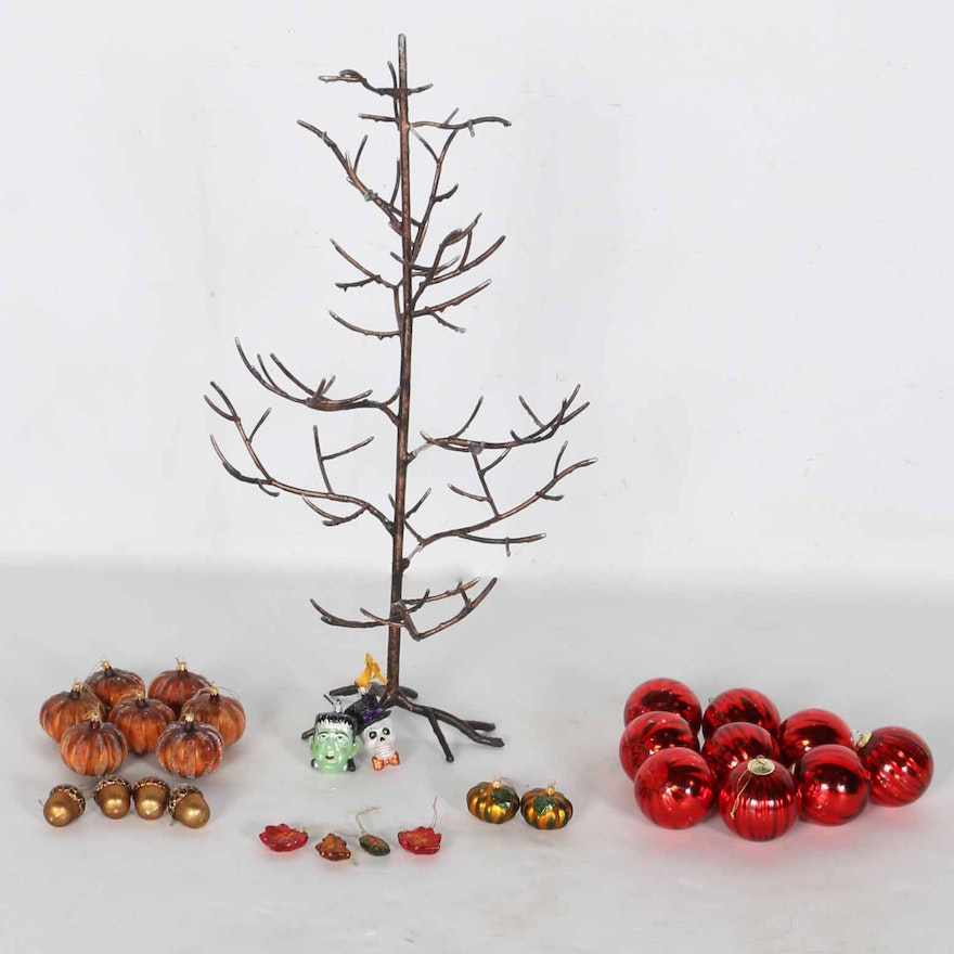 metal ornament display tree with ornaments - Metal Christmas Tree Ornament Display