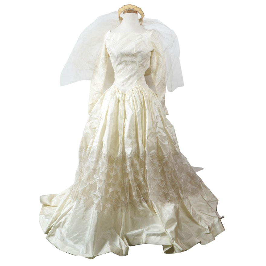 Vintage 50s silk taffeta wedding dress by cahill of for Beverly hills wedding dresses