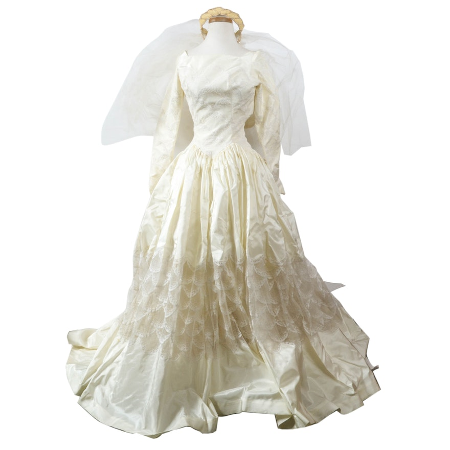 Vintage 50s Silk Taffeta Wedding Dress by Cahill of Beverly Hills : EBTH
