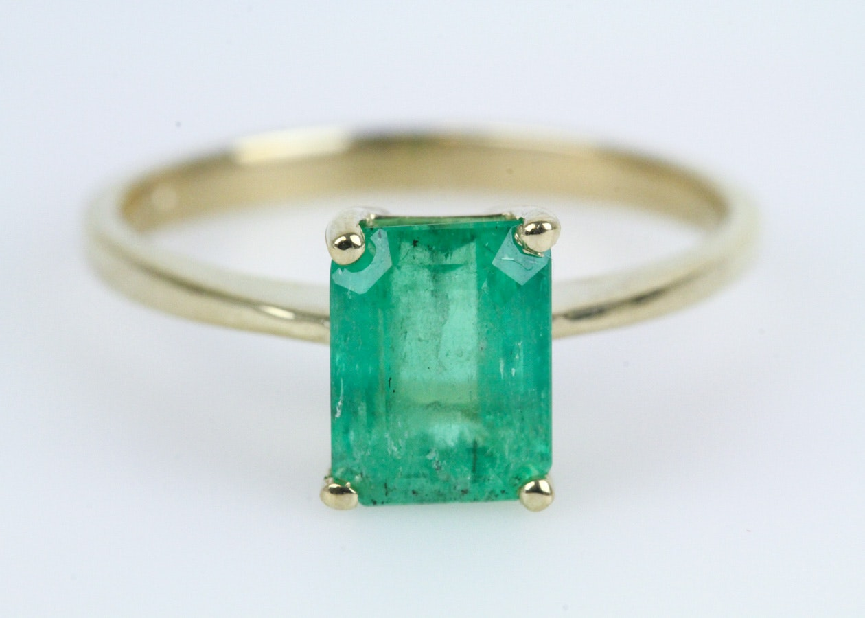 14K Yellow Gold and Emerald Solitaire Ring