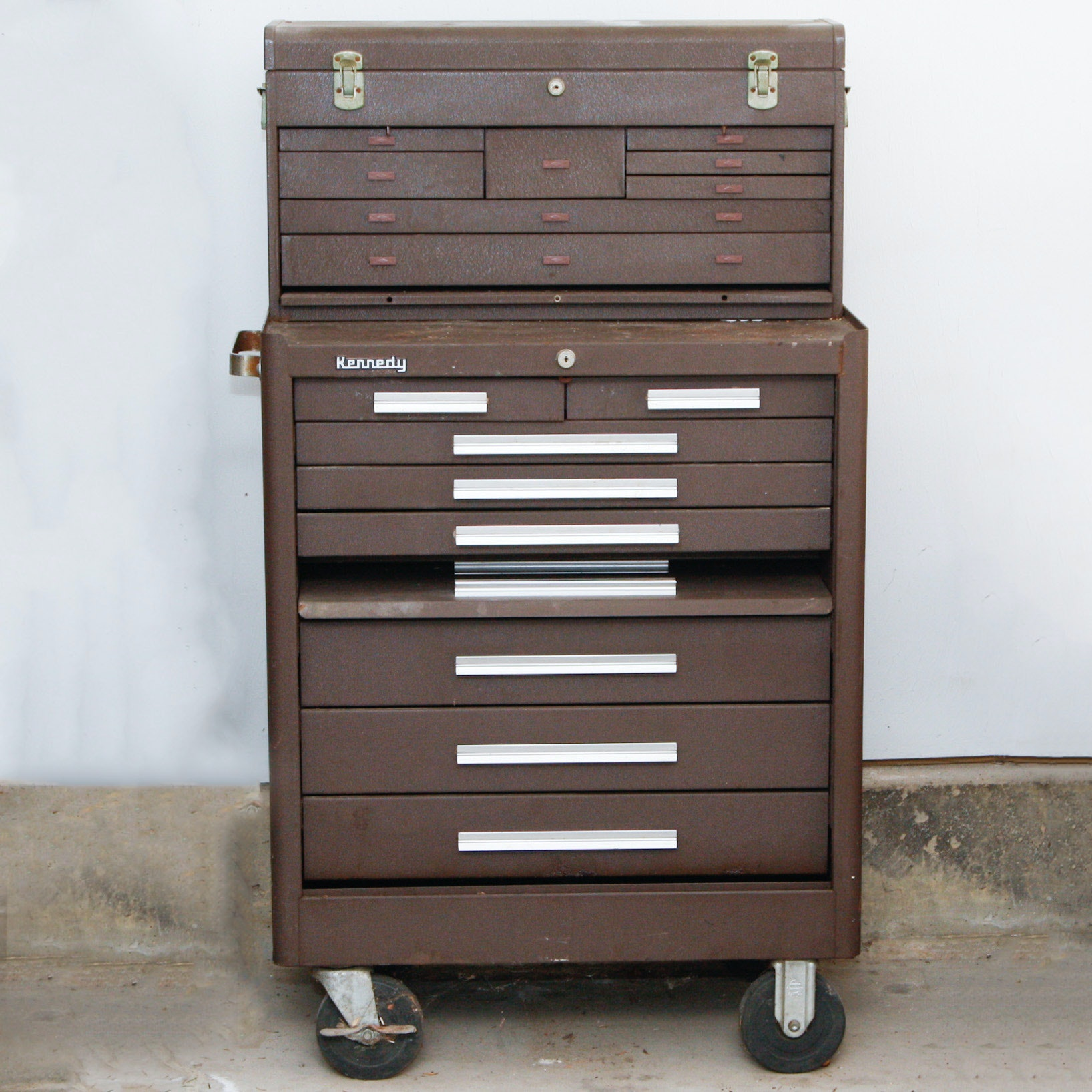 kennedy rolling tool box with assorted tools