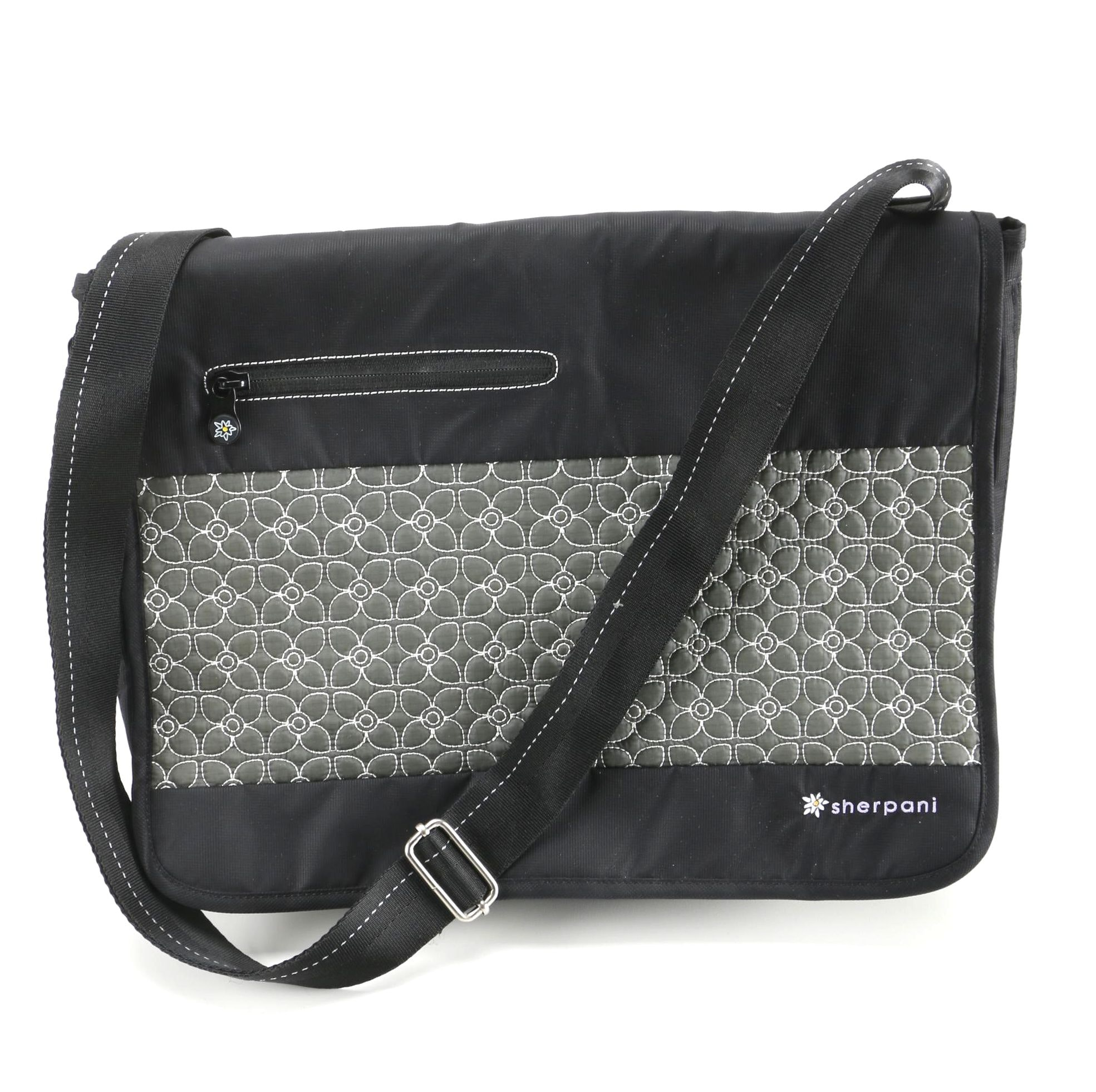 Sherpani Messenger Bag With Quilted Design