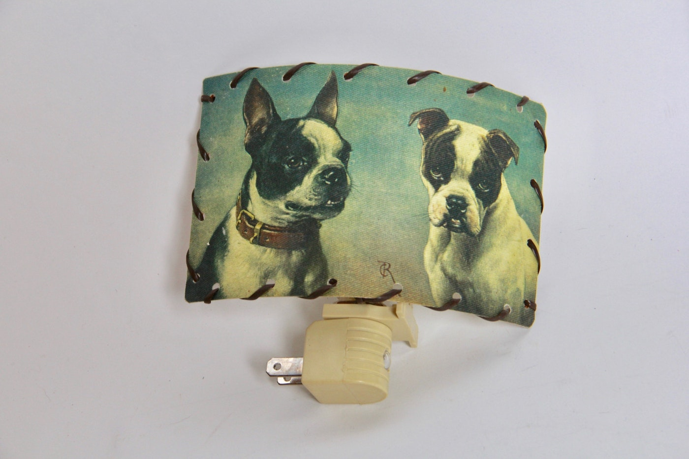 Boston terrier and other dog related games and decor ebth for Dog related home decor