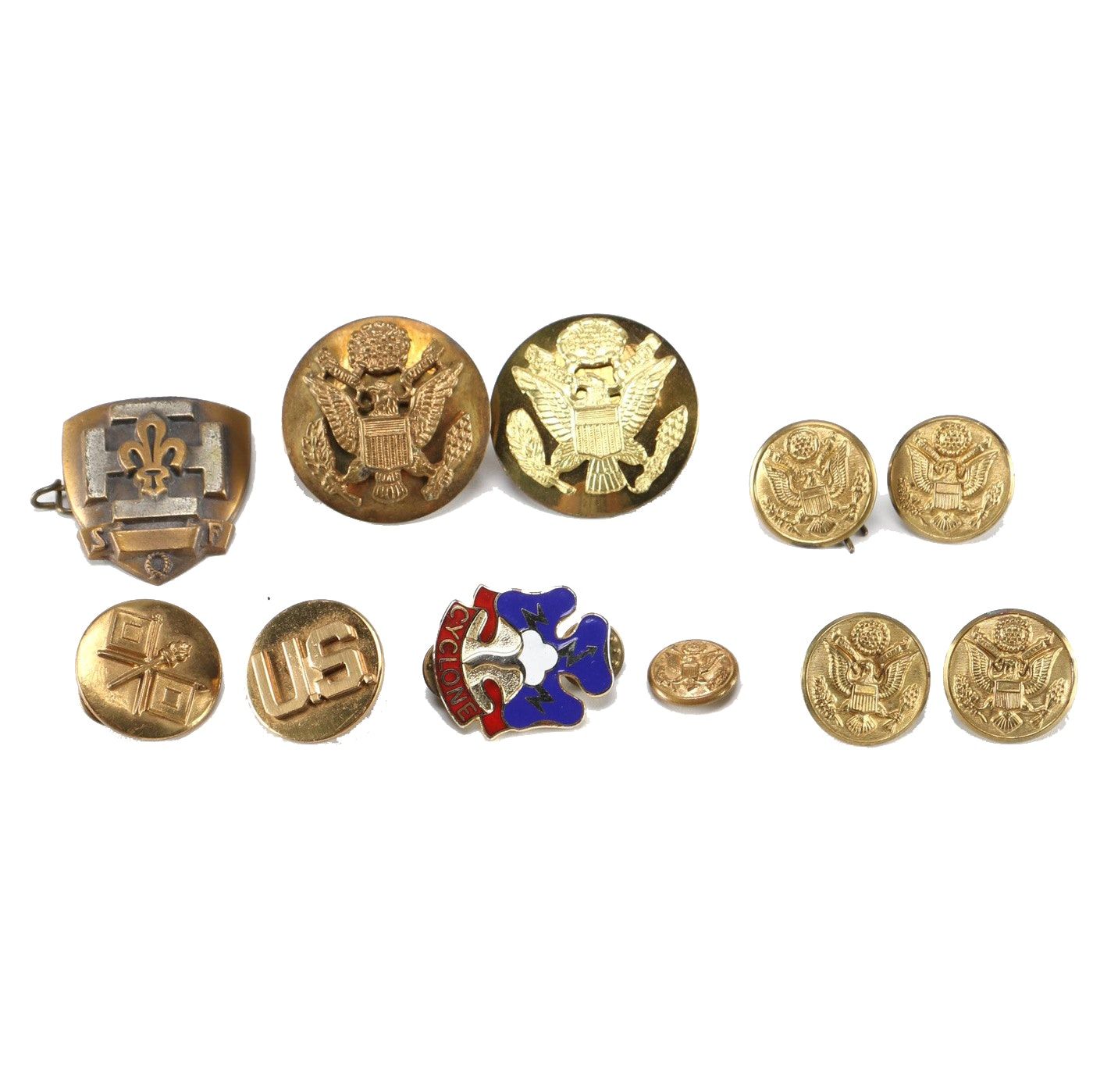 Vintage United States Military Buttons and Pins