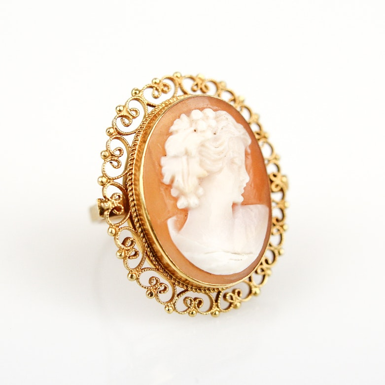 14K Yellow Gold and Carved Shell Cameo Ring