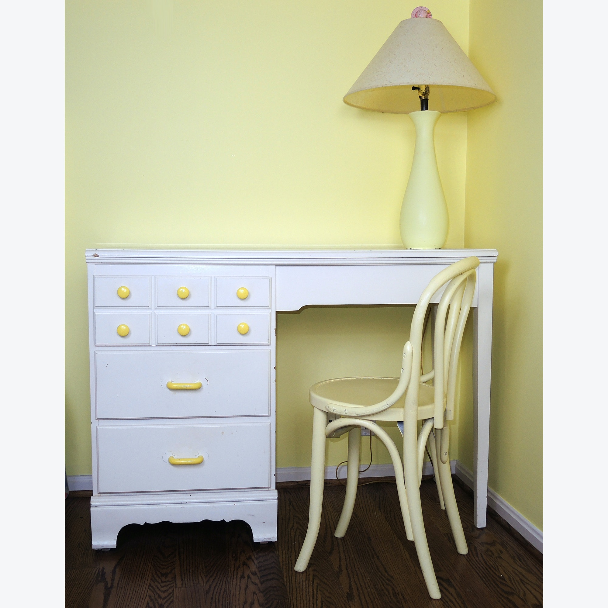 Small White Children's Desk with Chair and Lamp