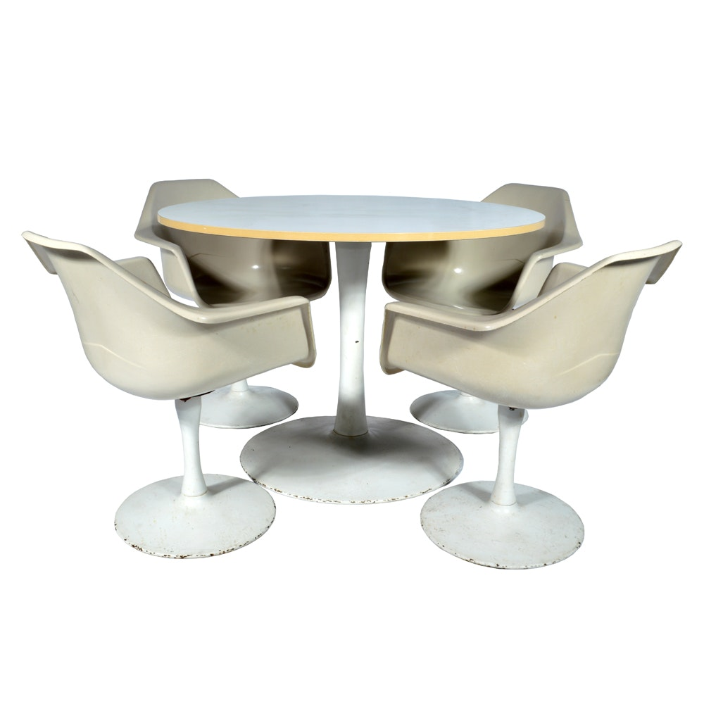 Mid Century Modern Tulip Table and Four Chairs