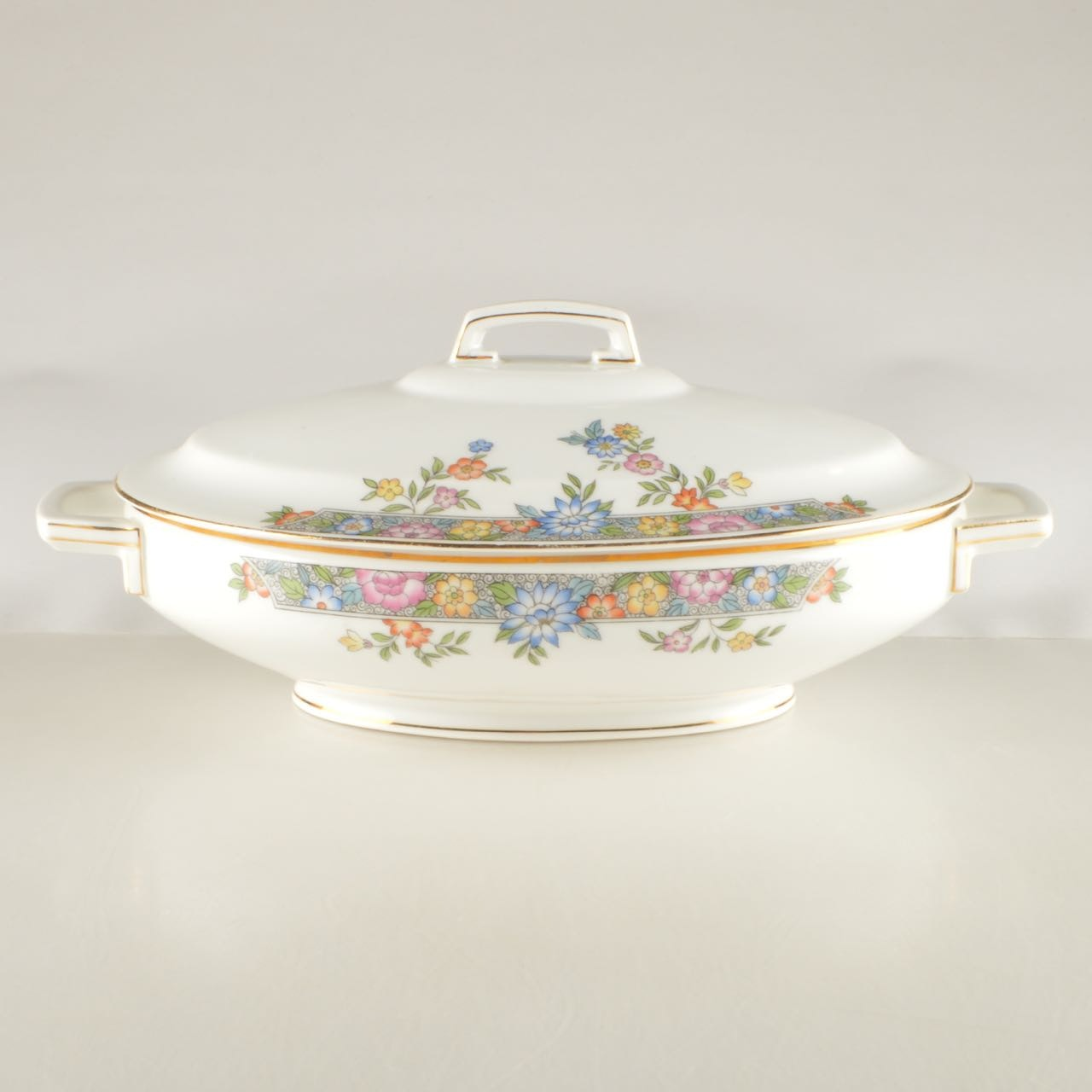 "Hutschenreuther Porcelain Covered Vegetable Dish in ""Vernon"""