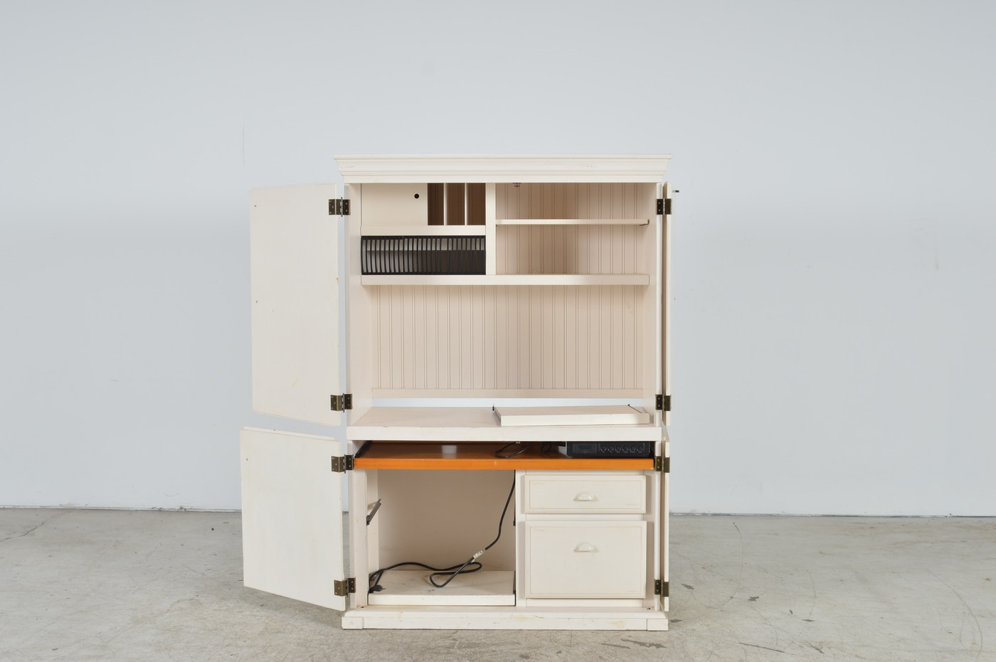 White Computer Desk Armoire by Pottery Barn | EBTH