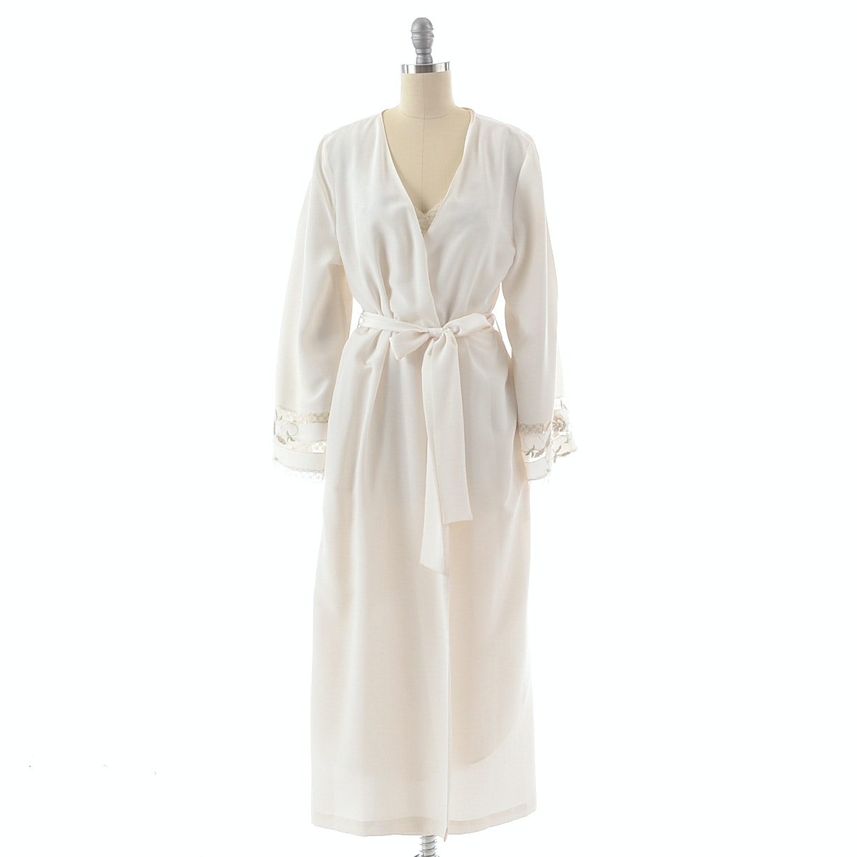 Natori Saks Fifth Avenue Nightgown and Robe