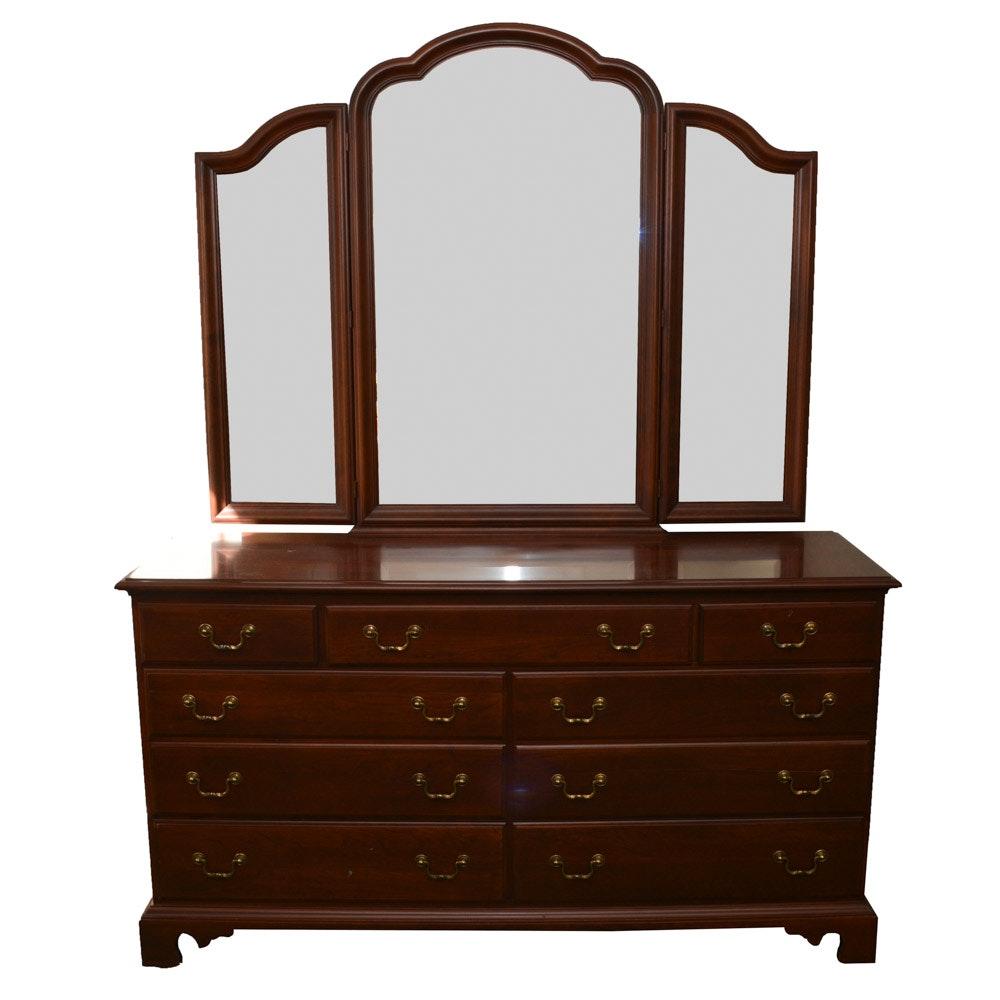 Durham Furniture Dresser With a Vanity Mirror