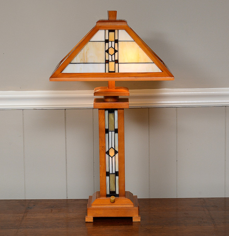 Frank lloyd wright style desk lamp ebth for Frank lloyd wright stile prateria