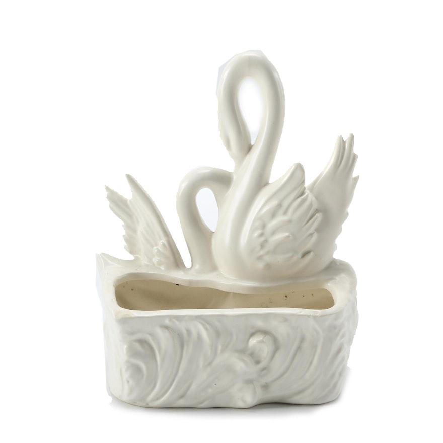 Hull Pottery Swan Vase Ebth