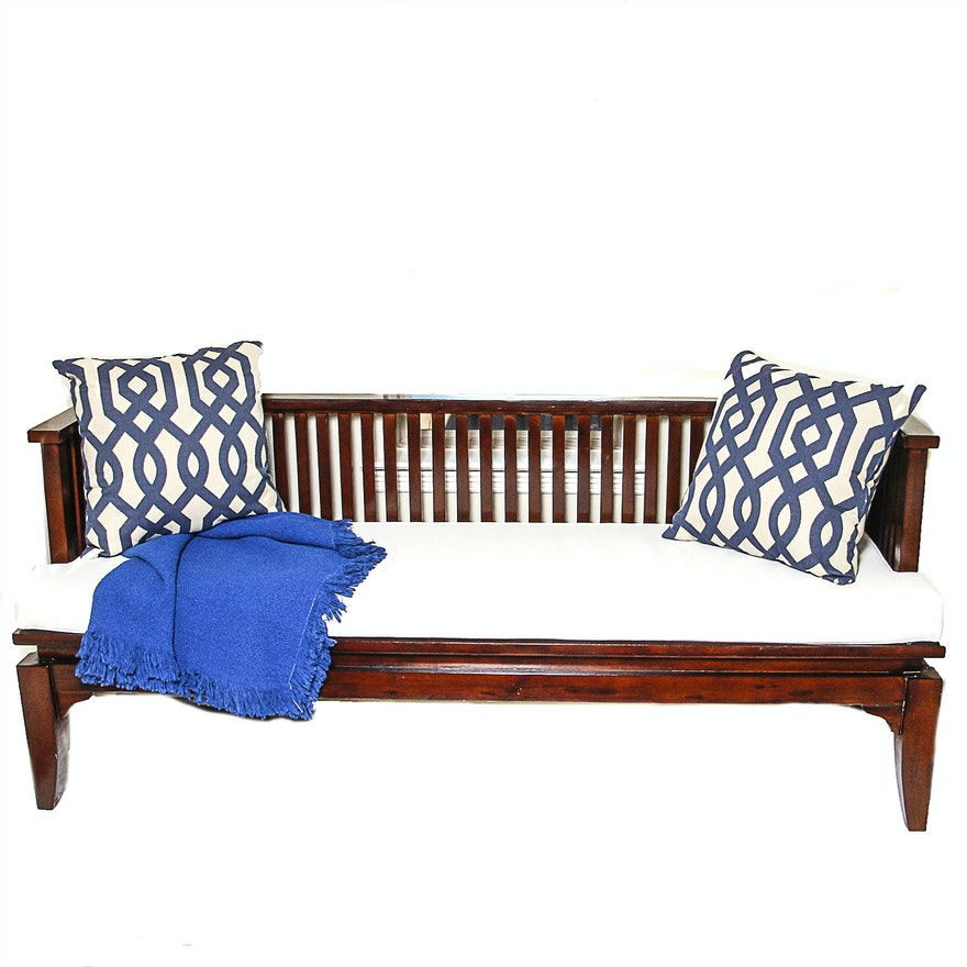 Tremendous Wooden Bench With Decorative Throw Pillows Evergreenethics Interior Chair Design Evergreenethicsorg
