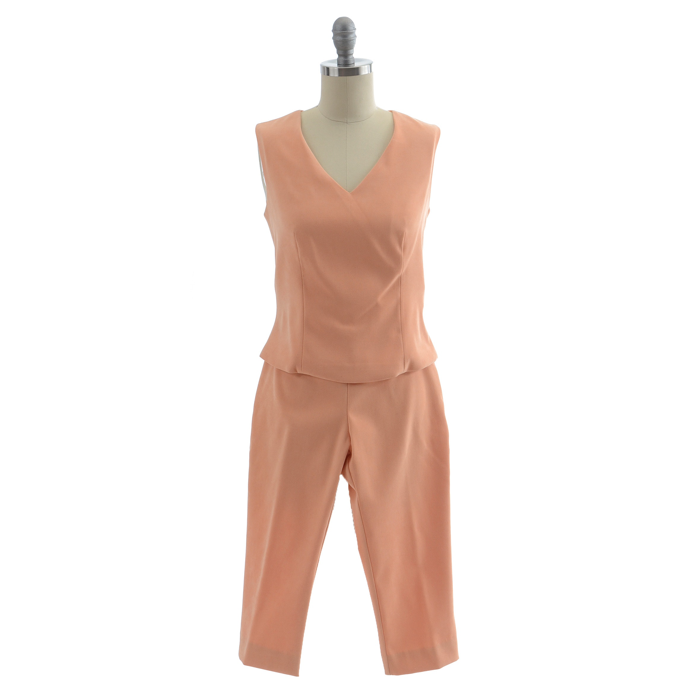 Benelle of New York Sleeveless Top and Cropped Pants in Peach