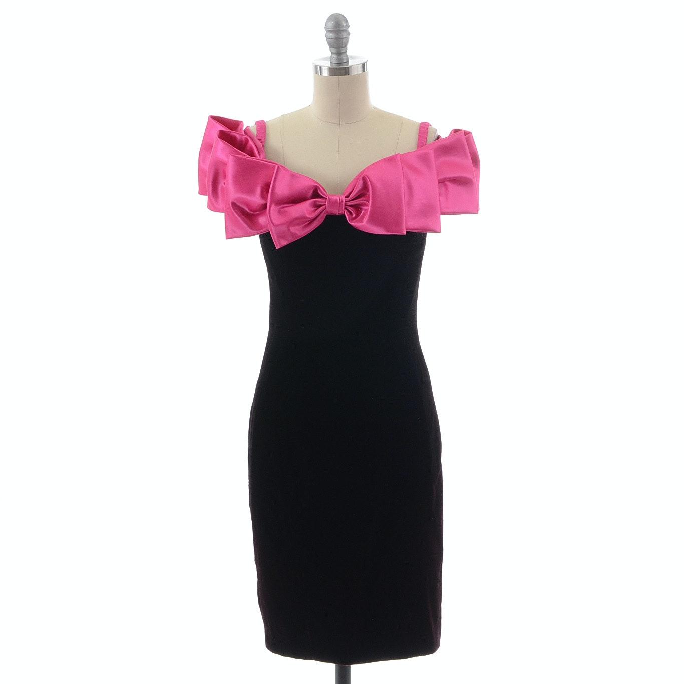 1990s A.J. Bari Black Velvet and Fuschia Pink Satin Sleeveless Cocktail Dress with Flat Bows