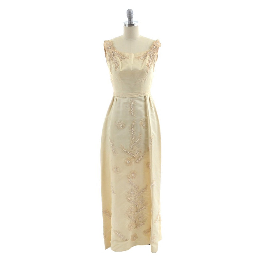 1960s Vintage Lord & Taylor on Fifth Avenue Sleeveless Ivory Cream Silk Sateen Formal Dress
