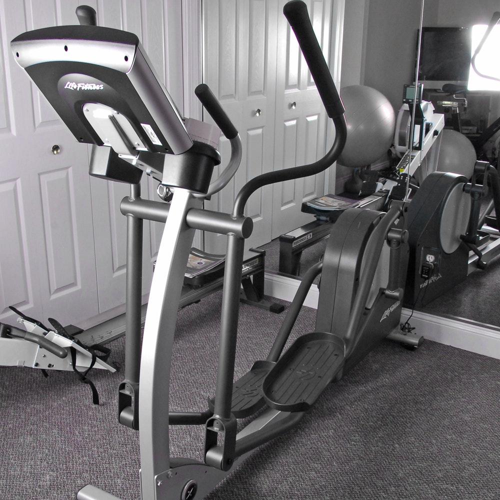 Life Fitness Elliptical Cross-Trainer