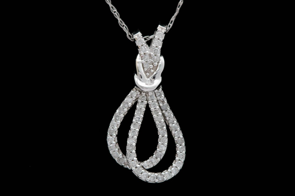 0.20 CTW Diamond and 10K White Gold Pendant with Chain