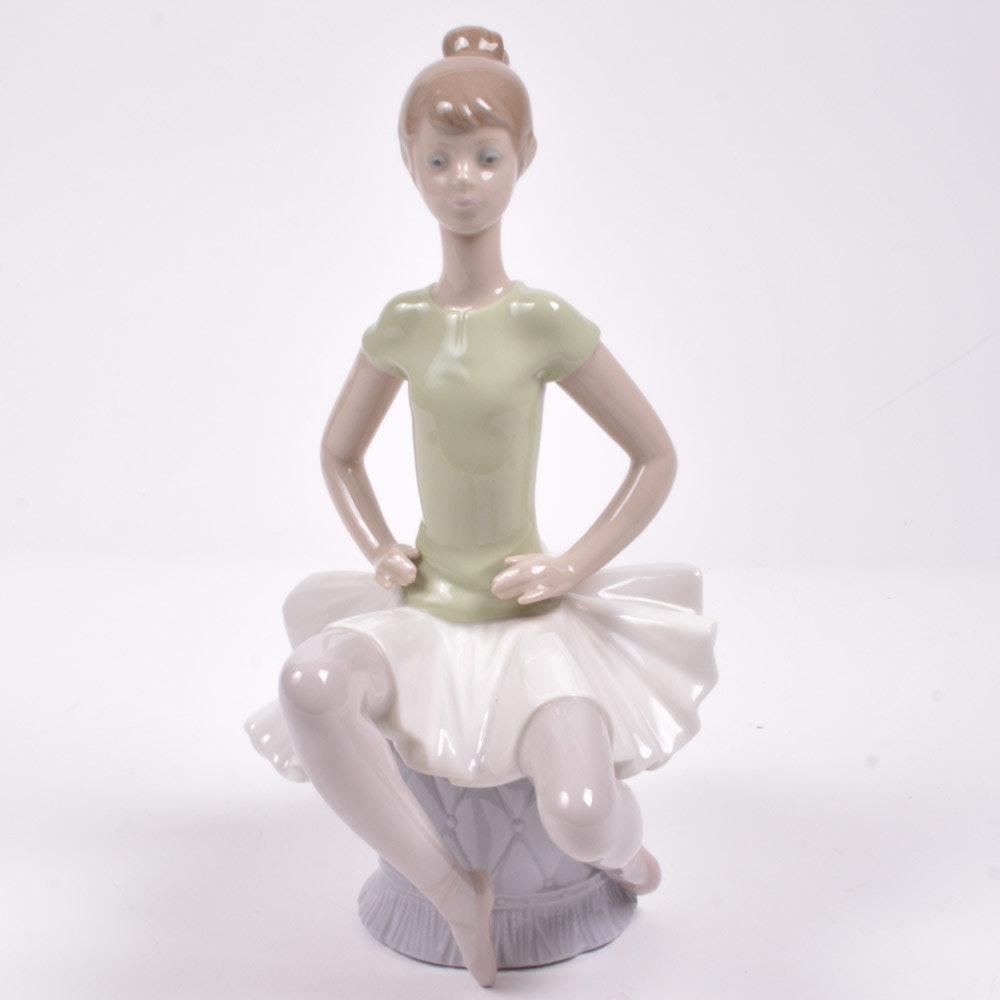 "Lladró Ballerina Figurine ""Laura"" #1360"