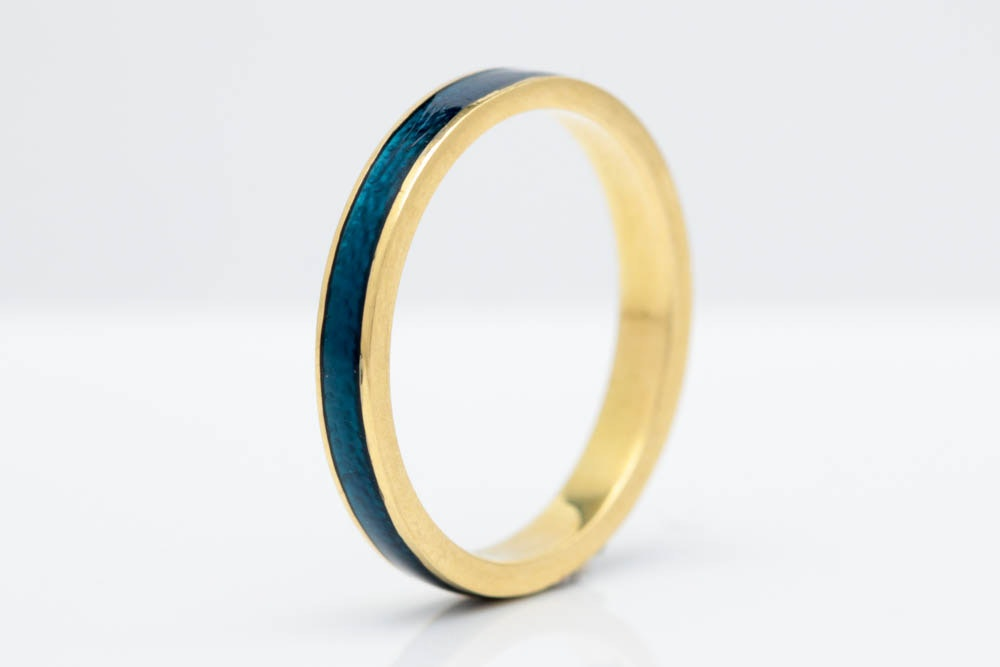 18K Yellow Gold and Blue Enamel Wedding Band