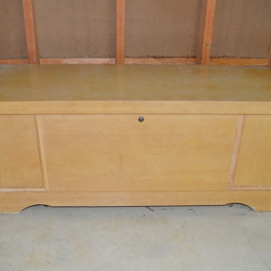 Mid Century Modern Cedar Chest By Lane Furniture Ebth