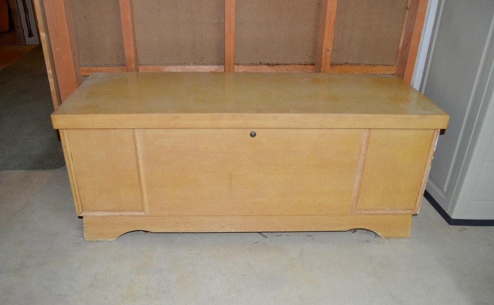 Mid Century Modern Cedar Chest By Lane Furniture ...