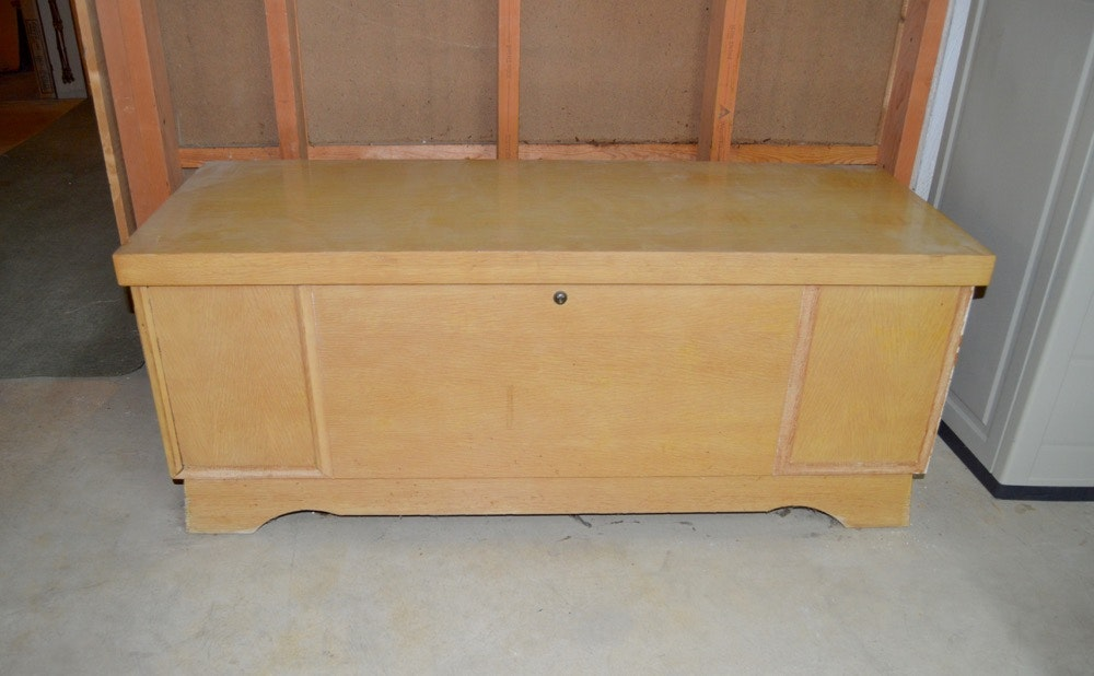 Mid Century Modern Cedar Chest By Lane Furniture ...