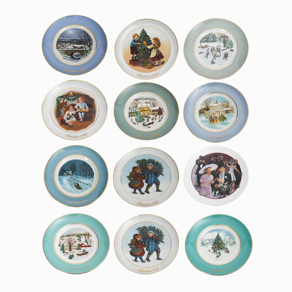 Collection of Avon Decorative Holiday Plates ...  sc 1 st  EBTH.com & Collection of Avon Decorative Holiday Plates : EBTH