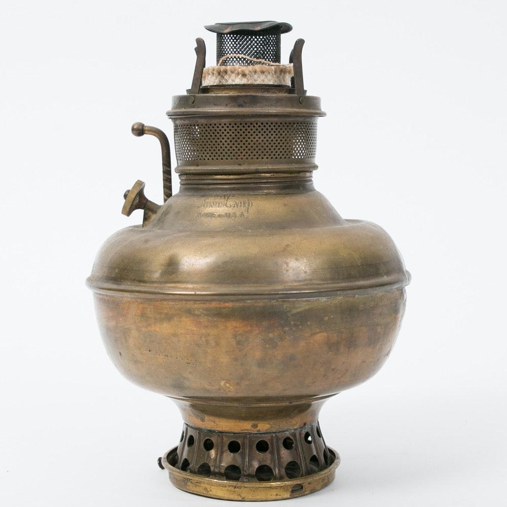 Antique Brass Quot Juno Quot Oil Lamp Ebth