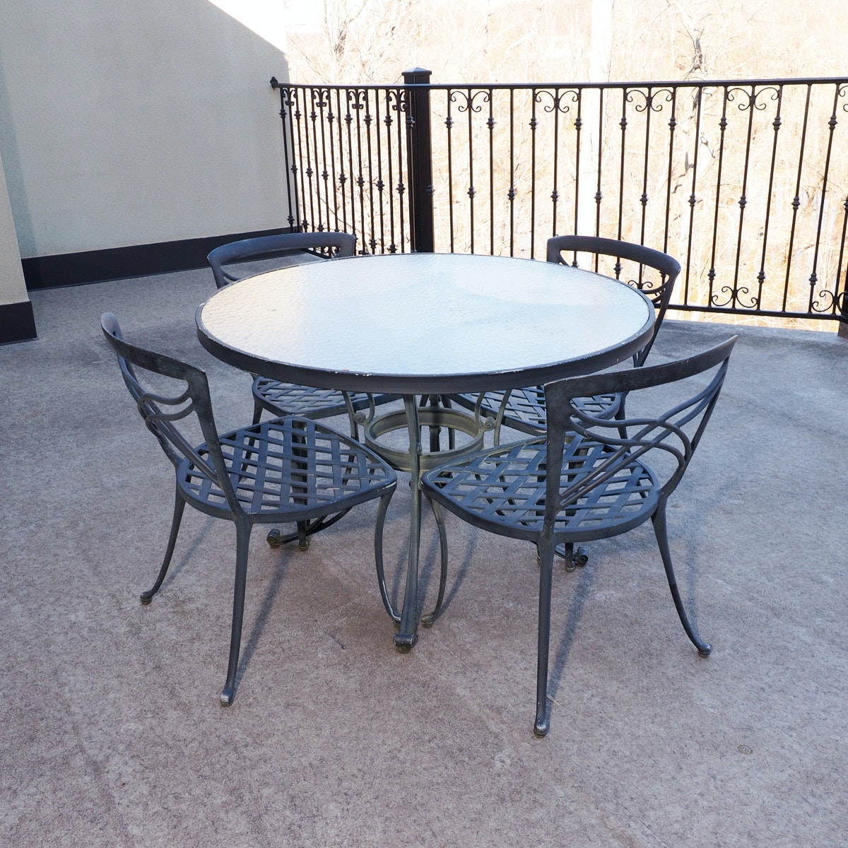 cast aluminum patio table and chairs by brownjordan