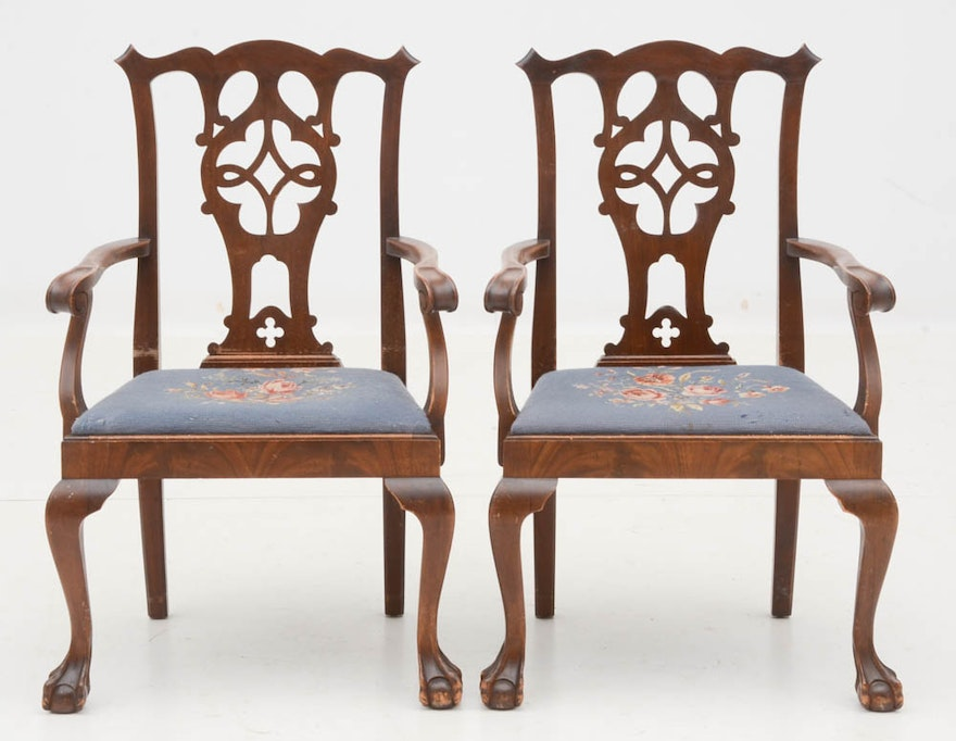 Chippendale Style Mahogany Dining Table And Chairs EBTH