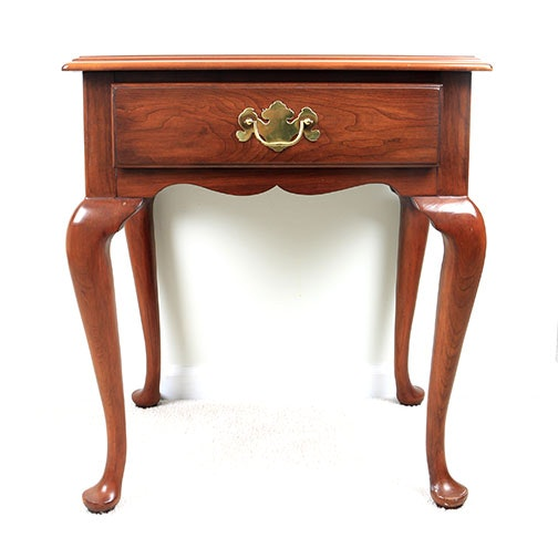 Henkel Harris Queen Anne Style Cherry End Table ...