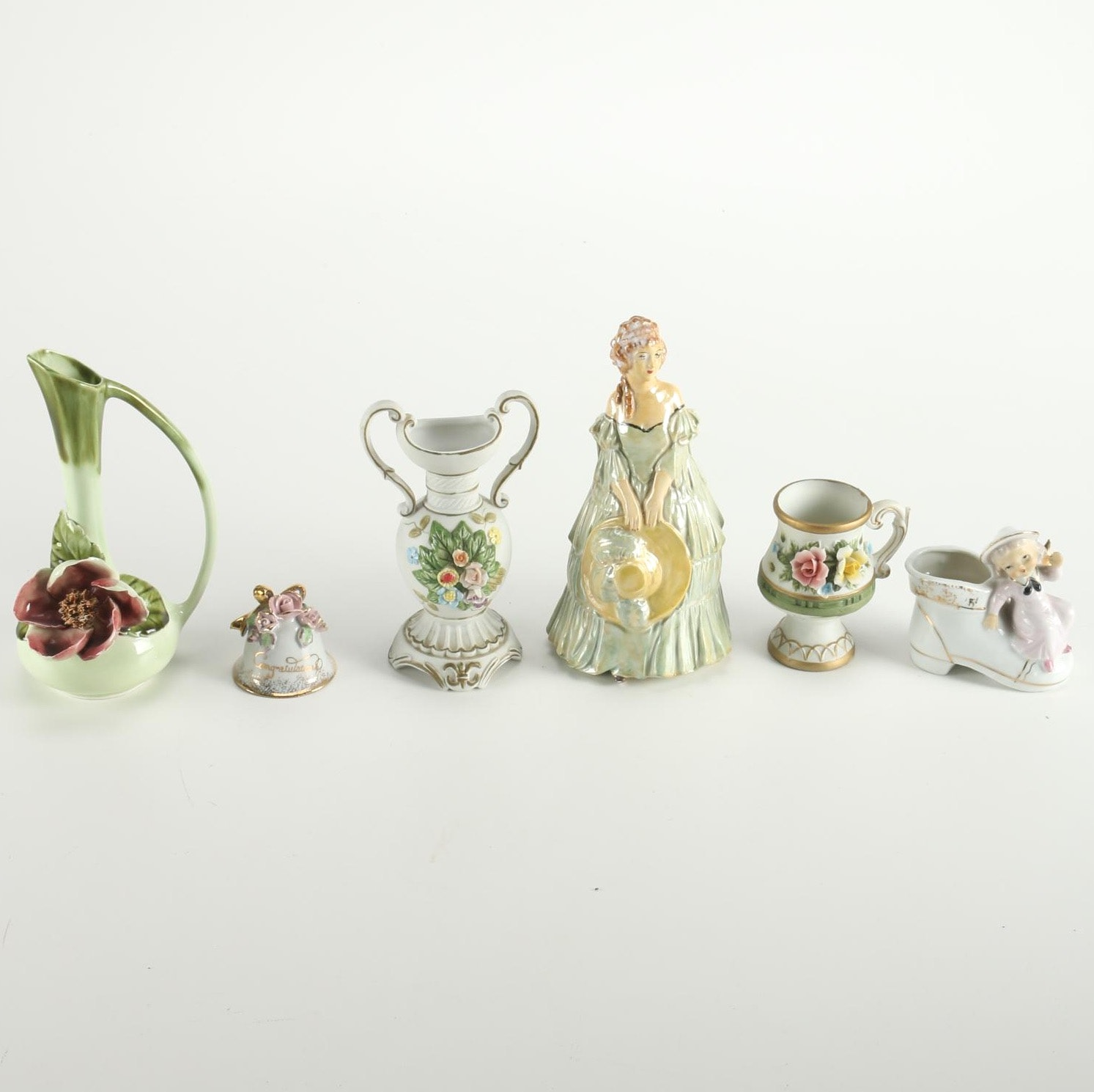 Ceramic Décor and Figurines Featuring Royal Crown