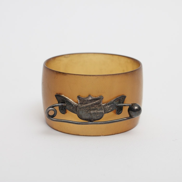 William Dunningham & Co. Scottish Horn and Sterling Napkin Ring