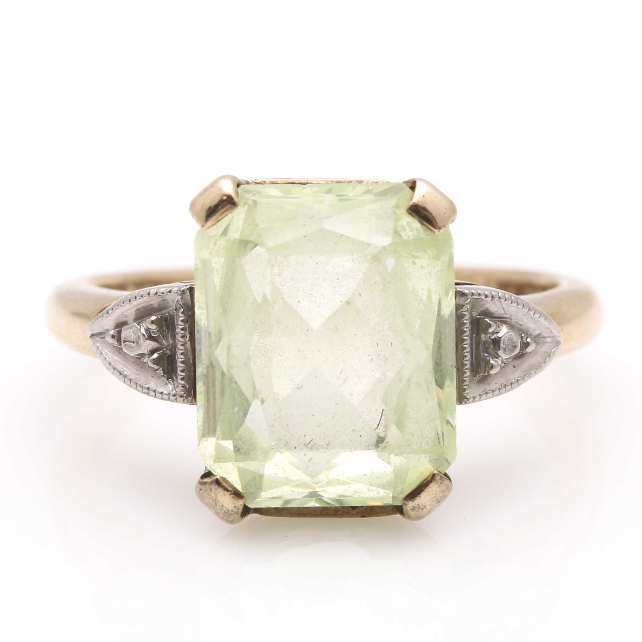 10K Yellow Gold Green Spinel Ring