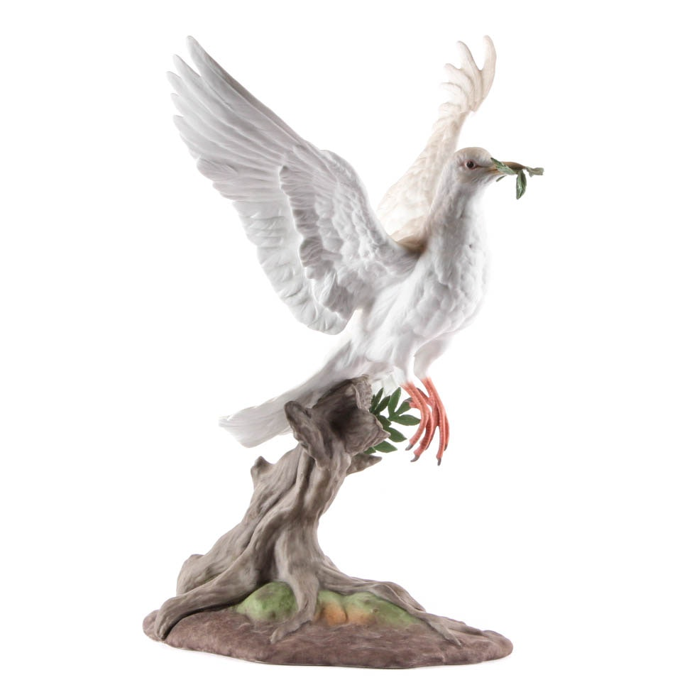 "Limited Edition Boehm ""Dove of Peace"" Porcelain Figurine"
