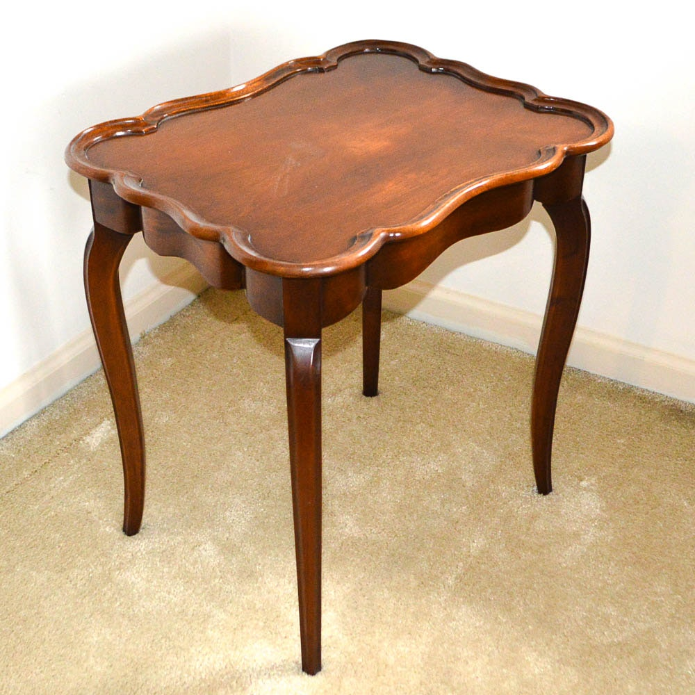 Vintage Queen Anne Style Side Table By Schott Furniture ...