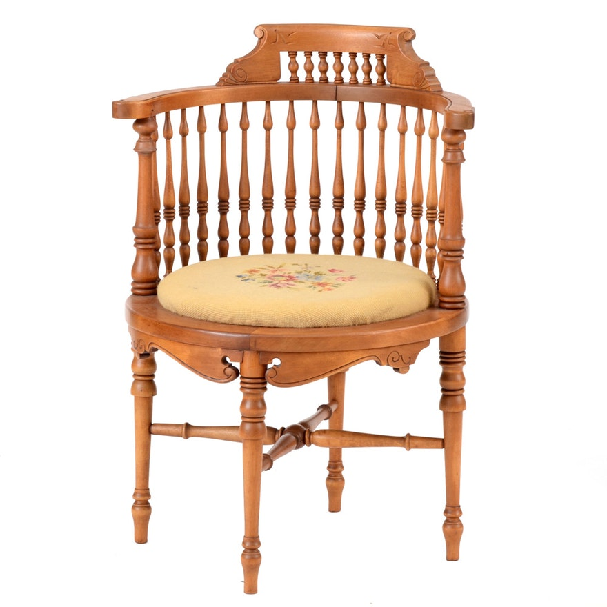 Antique Corner Chair with Needlepoint Seat ... - Antique Corner Chair With Needlepoint Seat : EBTH